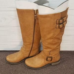 Baretraps Sebastian Boots Size 7½